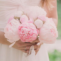 Wedding bouquet, bride bouquet, bridal bouquet, bridesmaids bouquet, paper flower bouquet, wedding flowers, wedding peonies, peonies bouquet, pink peonies, paper flowers, ivory peonies, pink peonies bouquet, dark ivory peonies, light pink peonies, wedding decor , crepe paper flowers